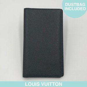 Louis Vuitton Taïga black leather wallet/agenda